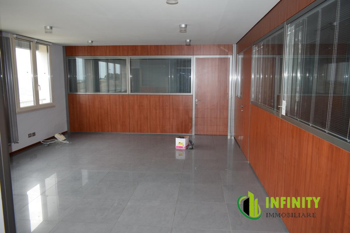 Appartamento affitto Matera (MT) - 4 LOCALI - 100 MQ