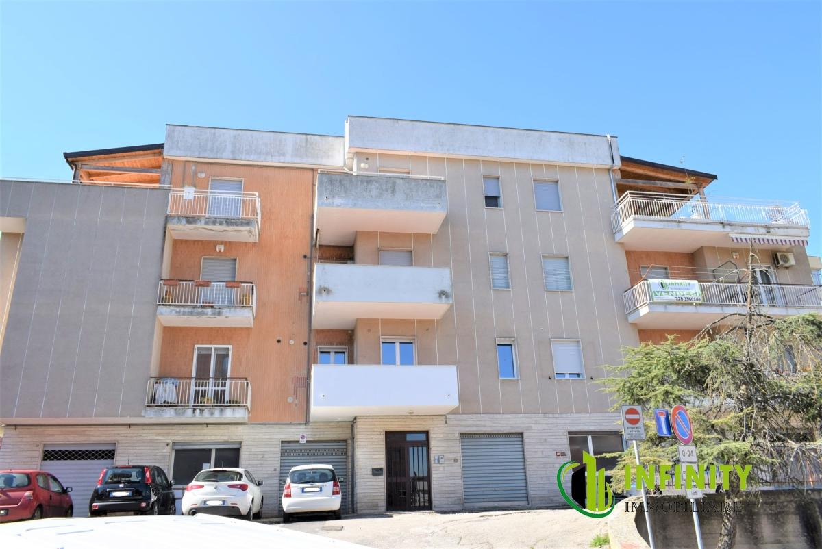 Appartamento, 80 Mq, Vendita - Matera (Matera)